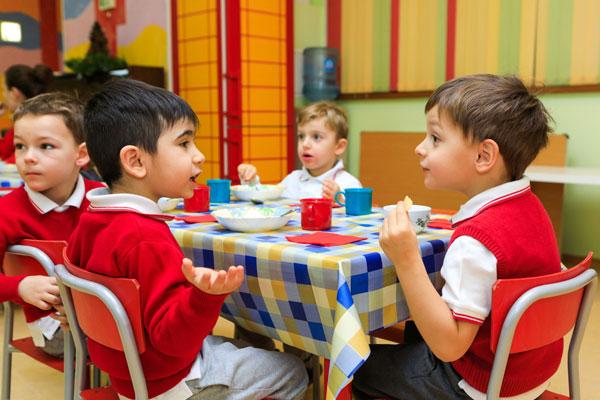 организация питания в детском доме